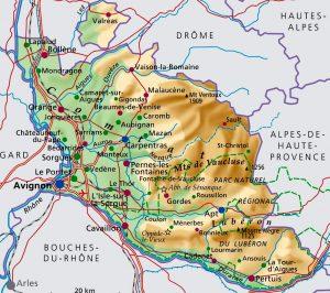 Was die römische Antike, die Päpste und die Tempelritter zwischen dem Mont Ventoux, dem Hochplateau der Vaucluse, dem malerischen Luberon und dem breiten Urstromtal der Rhône, den üppigen Wein- und Lavendelfeldern, den wilden Wäldern und stürmischen Bächen, hinterlassen haben, gehört heute zum UNESCO-Welterbe.